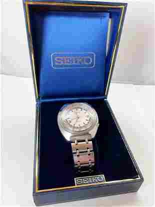 Seiko 6117-6400 World Time Men's Vintage Watch
