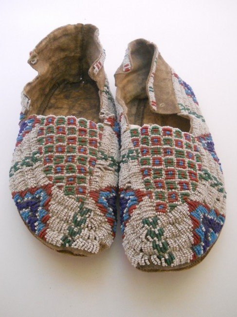 3: SIOUX SEED BEADED MOCCASINS
