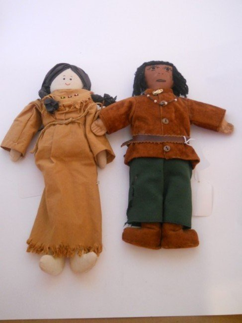 13:  1940s INDIAN DOLLS 2PC