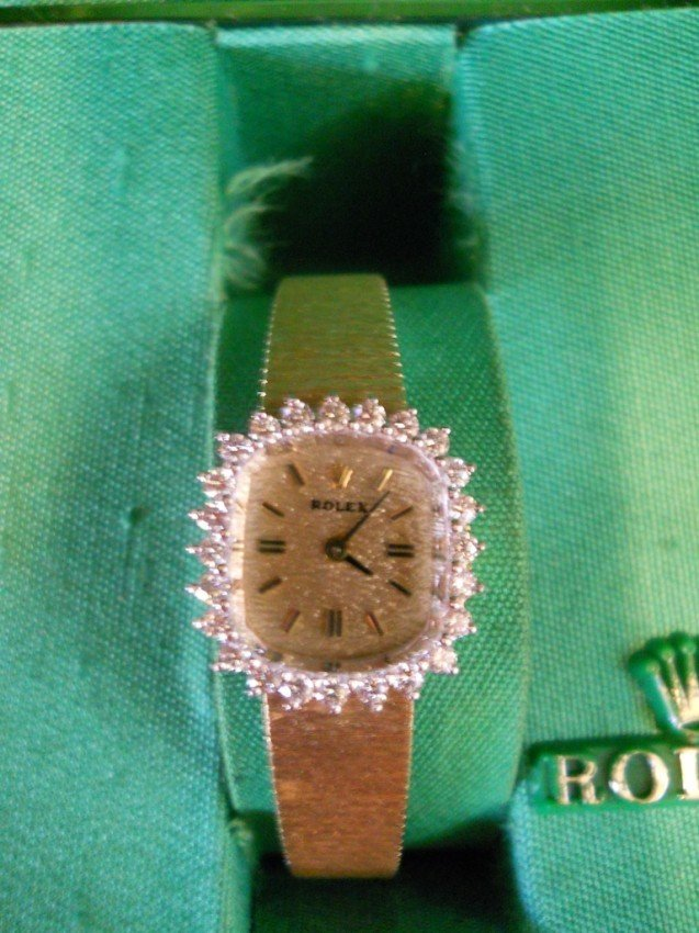 33:VINTAGE GOLD AND DIAMOND ROLEX WATCH