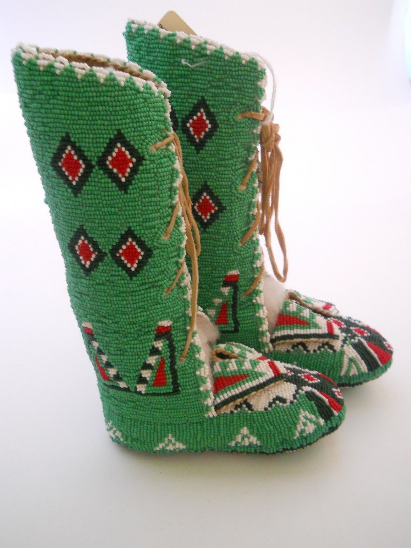 4: CHILD'S CEREMONY SEED BEADED MOCCASINS HI TOP