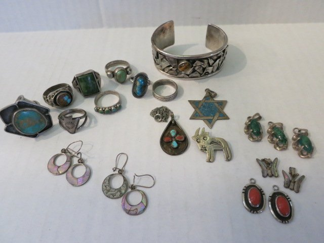 5: JEWELRY LOT, STERLING SILVER, TURQUOISE, CORAL