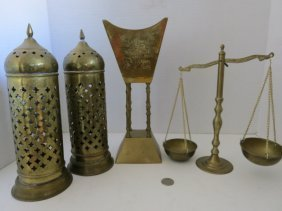 128: VINTAGE SCALES,BRASS WEIGHT SCALE,MISC LOT