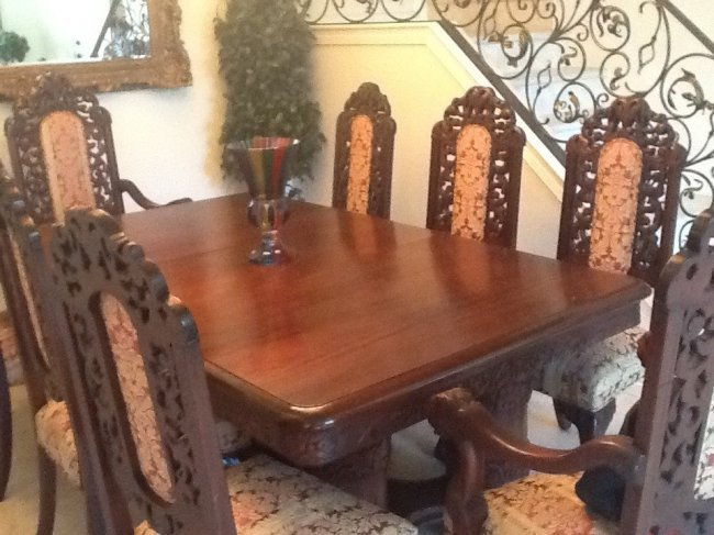 8: HAND CARVED  FRENCH/ITALIAN DINING SET,9PC