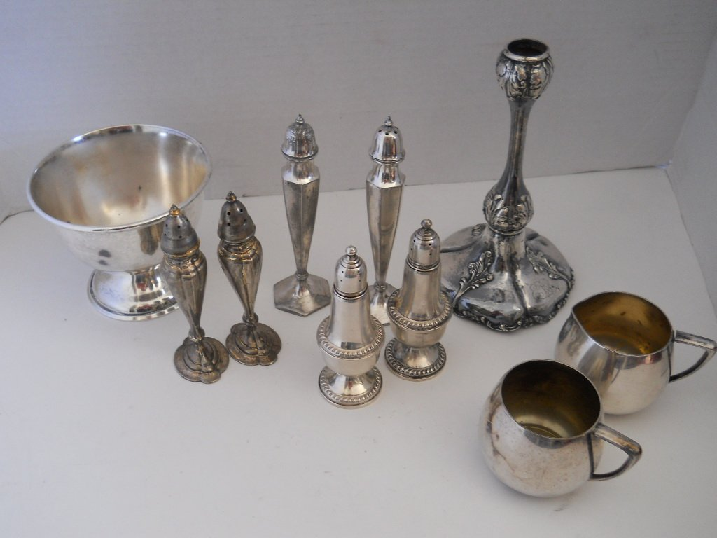 25: MIXED STERLING/SILVER PLATED LOT