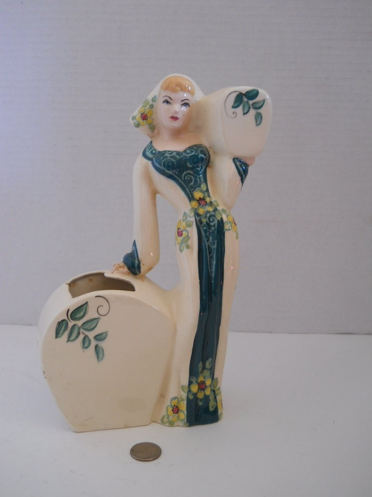 47: VINTAGE WEIL WARE LADY VASE,CALIFORNIA ,ART POTTERY