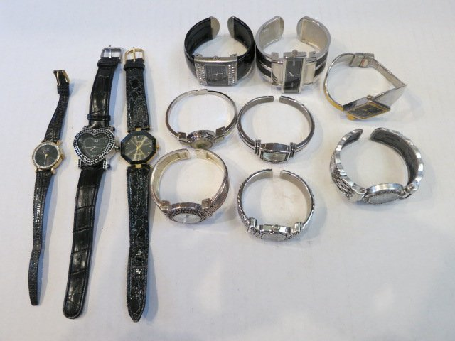 143: VINTAGE WATCH LOT, LEATHER & CUFF 11pc