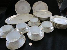 LOHENGRIN BAVARIA CHINA SET