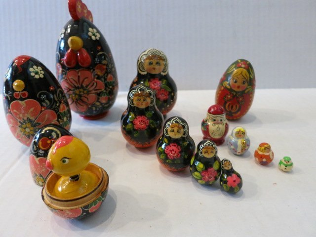 193: RUSSIAN HAND PAINTED NESTING CUPS,ROOSTER,LOT