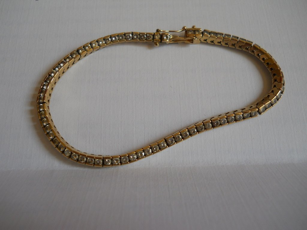 15: 14K GOLD TENNIS BRACELET 11.4 GRAMS