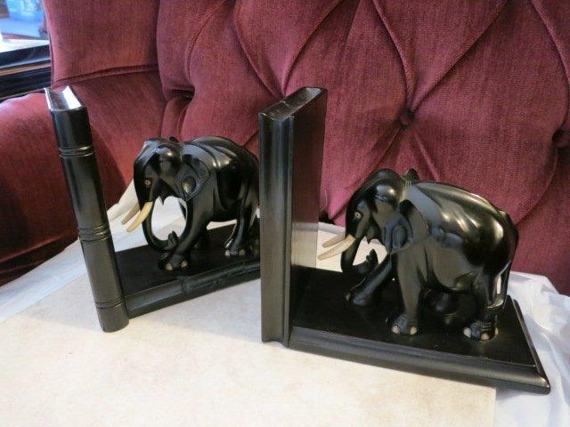 109: PAIR OF EBONY WOOD ELEPHANT BOOKENDS