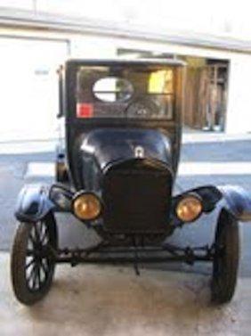2: CLASSIC CAR,1921 FORD MODEL T,CENTER DOOR,3636