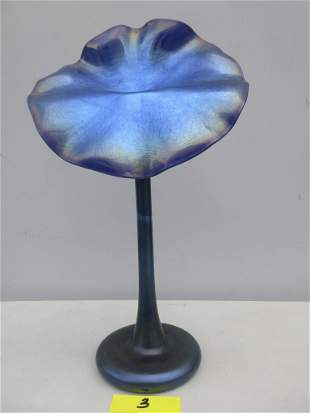 Lundberg Studios Jack-in-the-Pulpit vase