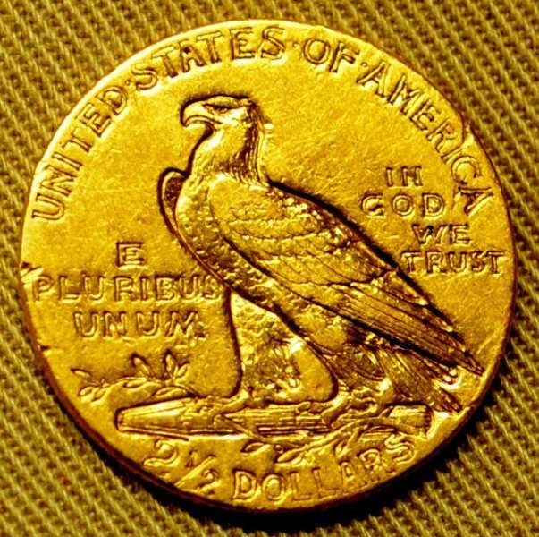 218: 1910 Gold Coin $2.5