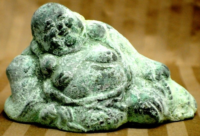 20: Antique Chinese cast metal Buddha
