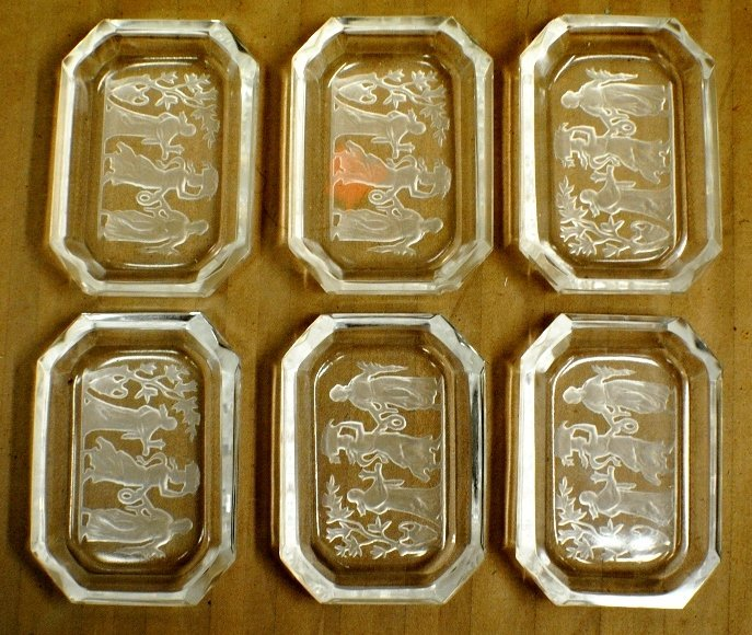 17: Lalique style glass nut dishes, 6 pcs