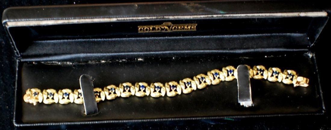 175: 18K Gold bracelet with sapphires