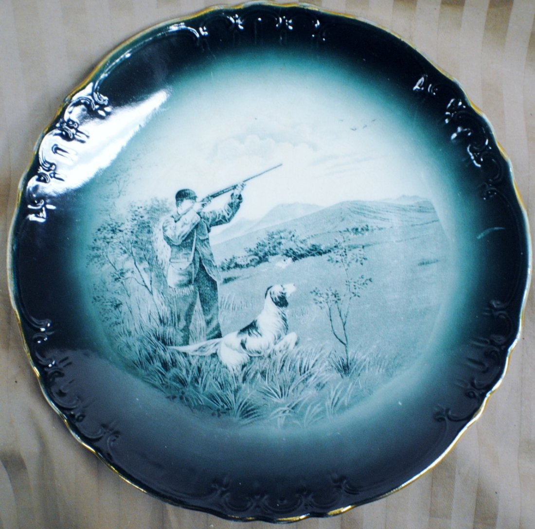 "1907 Buffalo Pottery plate ""The Gunner"""