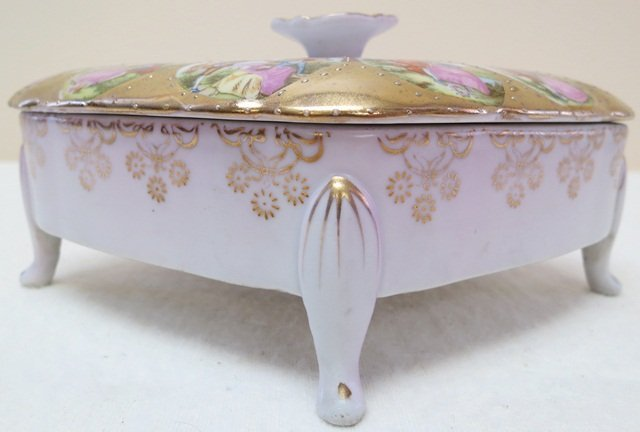 Arnart replica of Royal Vienna Trinket box