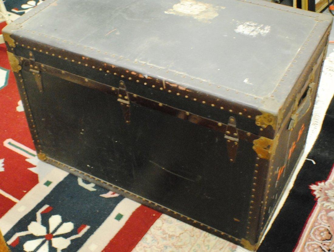 Antique R.H.Macy & Co. steamer trunk - 5