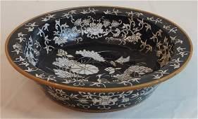 Wonderful large Chinese dumpling bowl