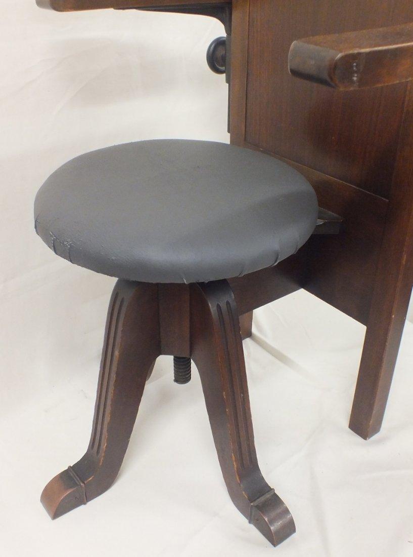 Late 1800's Dentist chair - 7