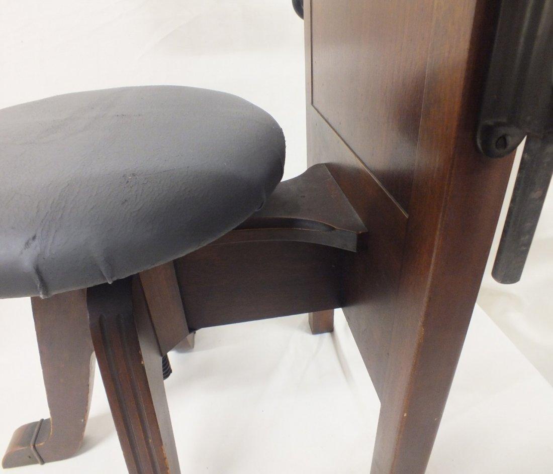 Late 1800's Dentist chair - 9