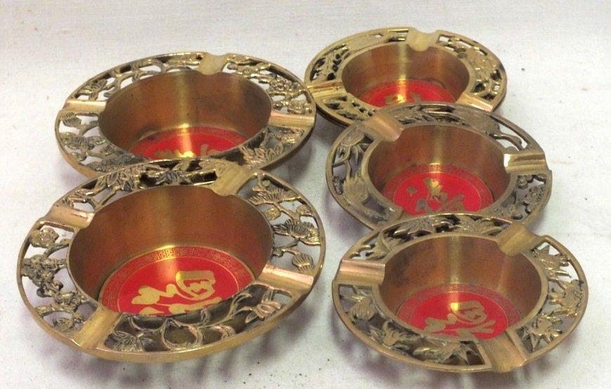 Lot of 5 Japanese ashtrays