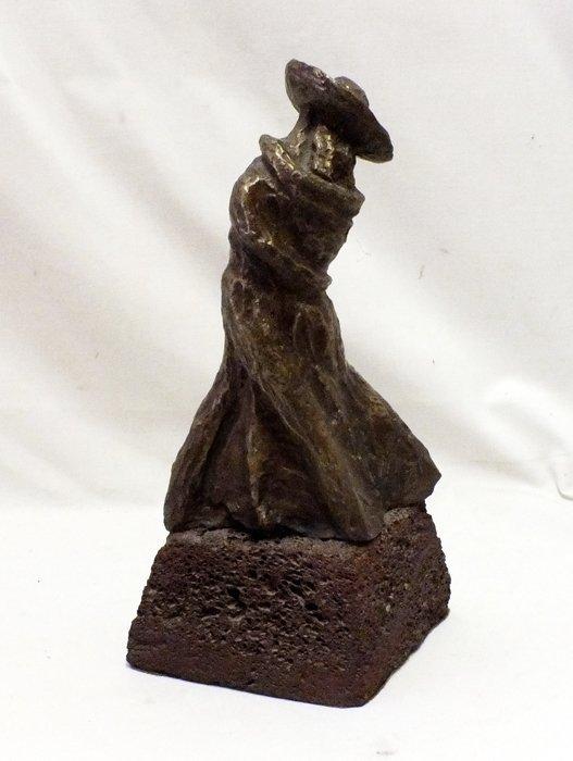 "Bronze sculpture ""Lovers"". Signed Delgado"