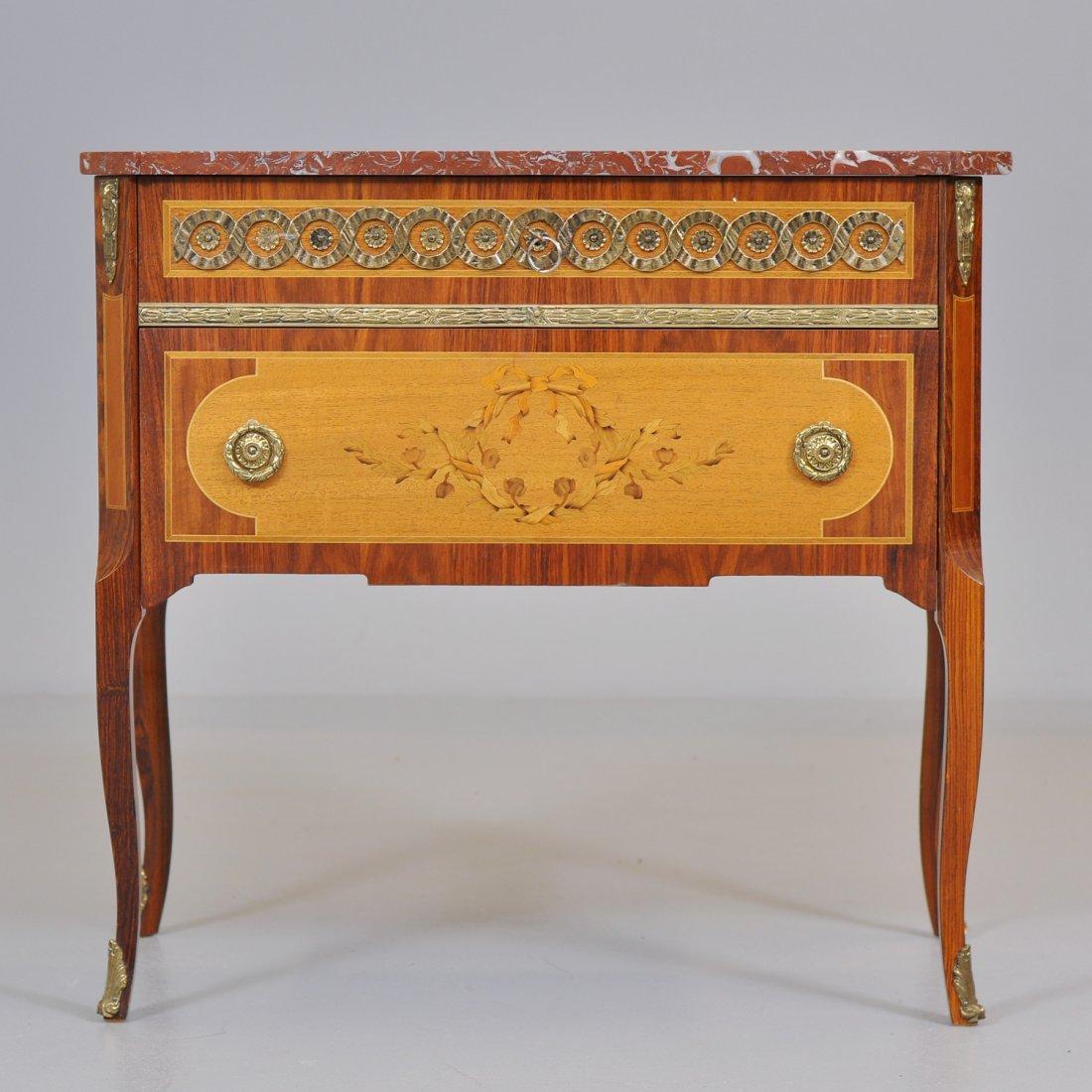 189: BYRÅ, Louis XVI-stil