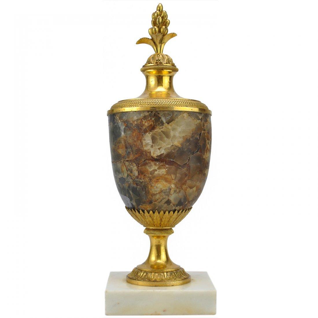 14: BORDSDEKORATION, empire, förgylld mässing/marmor