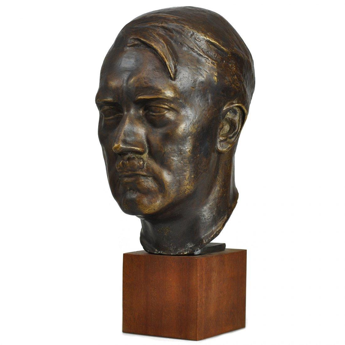 33: SKULPTUR, brons, FERDINAND LIEBERMANN (1883-1941)