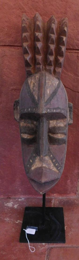Bobo Wood Mask w/Stand
