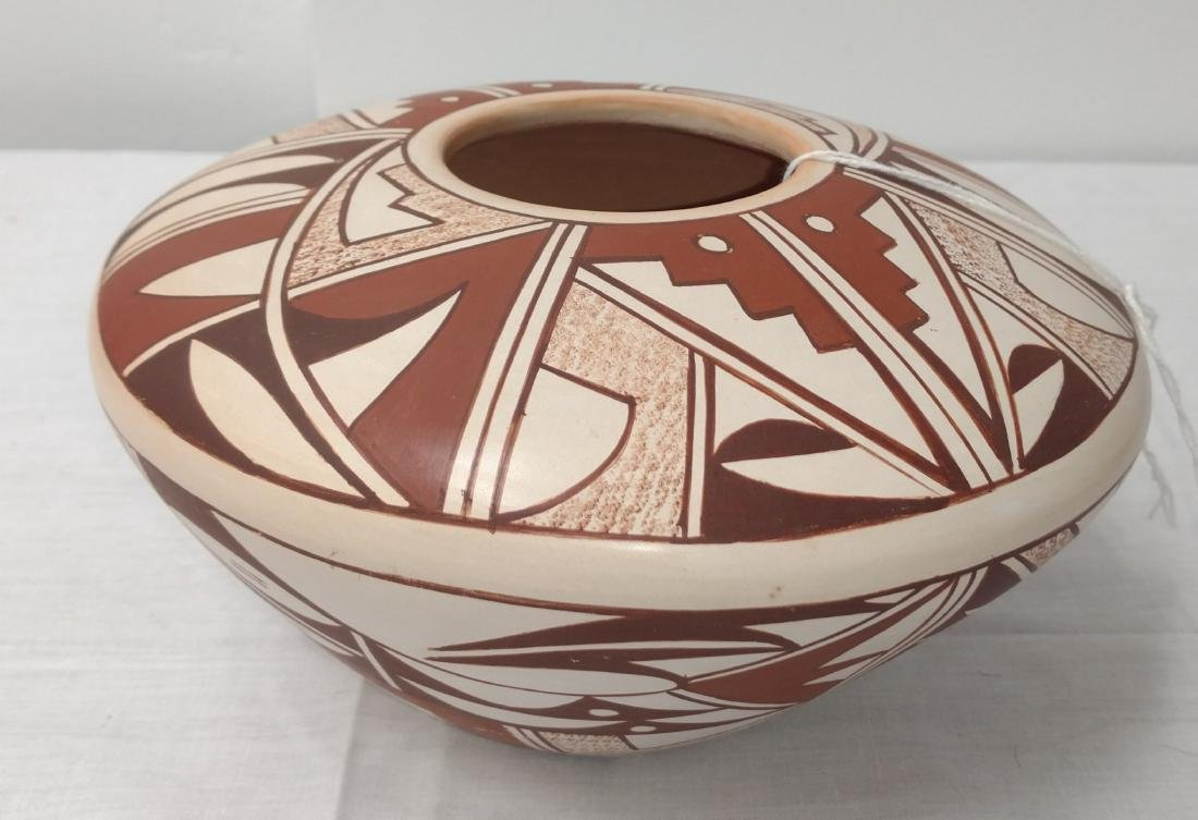 Hopi Frog Woman Pot