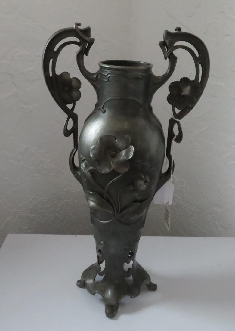 Art Nouveau Spelter Sculpture - 9