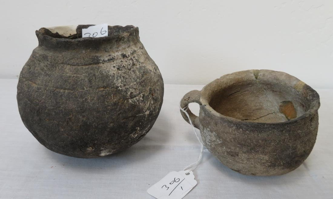 2 Pre-Historic Arizona Pots