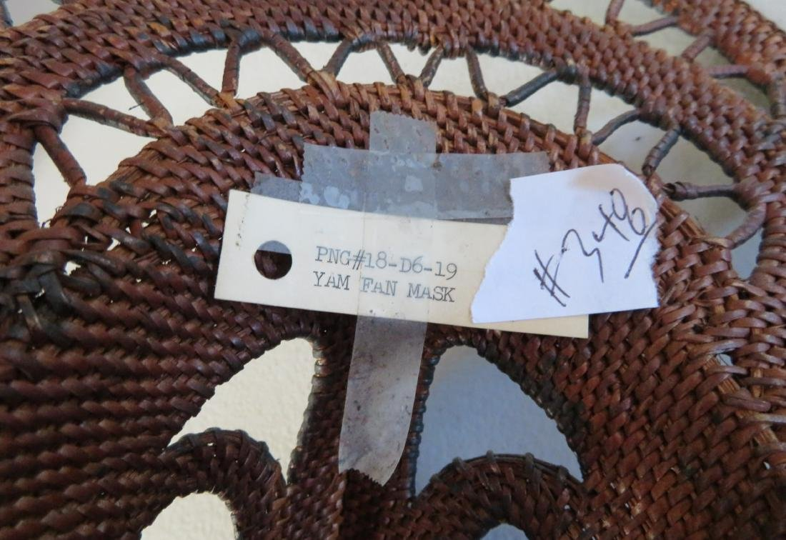 PNG Yam Fan Mask - 10