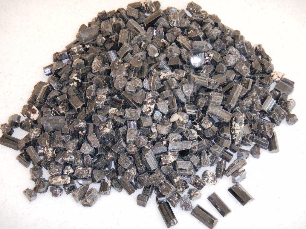 7: 700 Natural Black Tourmaline Crystals