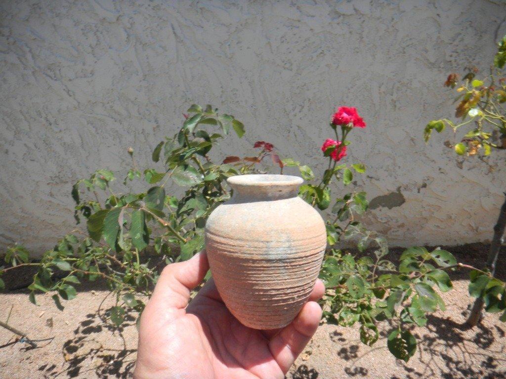 17: Ancient Egyptian Pottery Jar