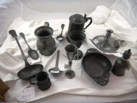 12: Early American and English Pewter Items