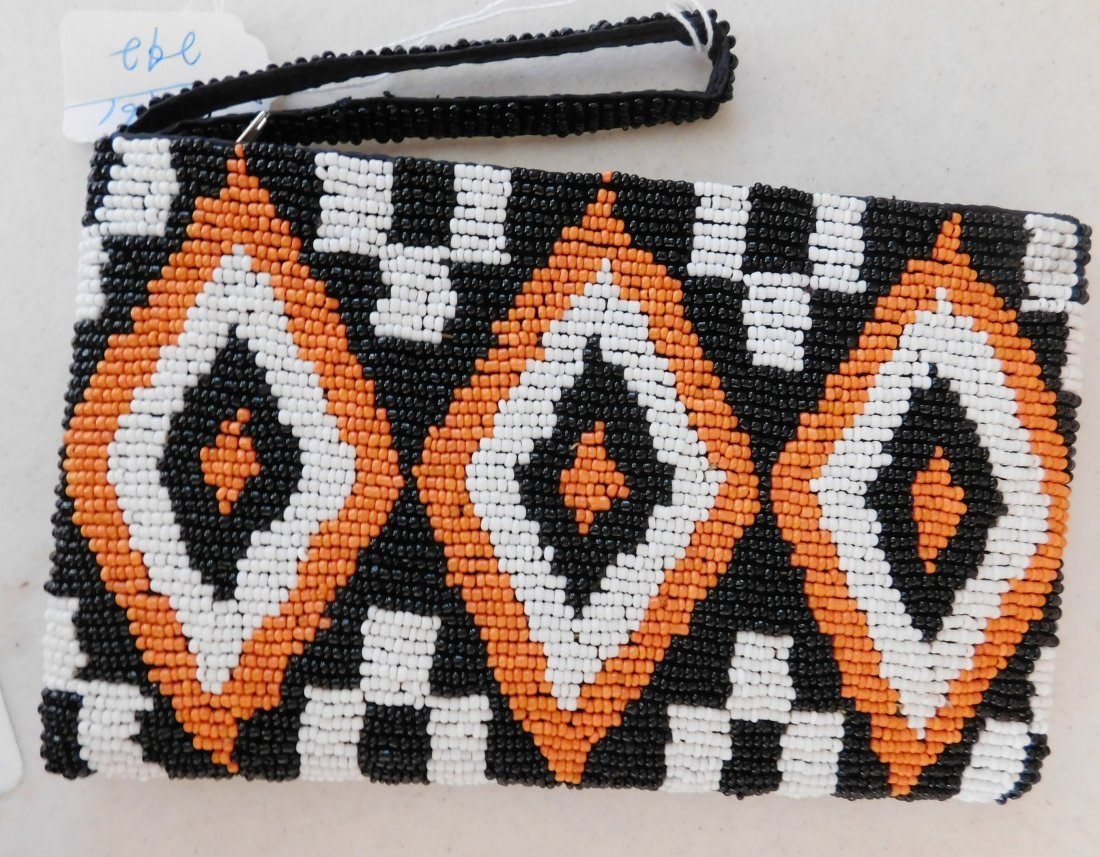 2 Native American-style Beaded Bags - 3