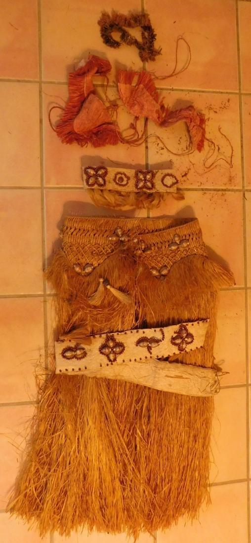 Polynesian Grass Skirt w/Helm COA