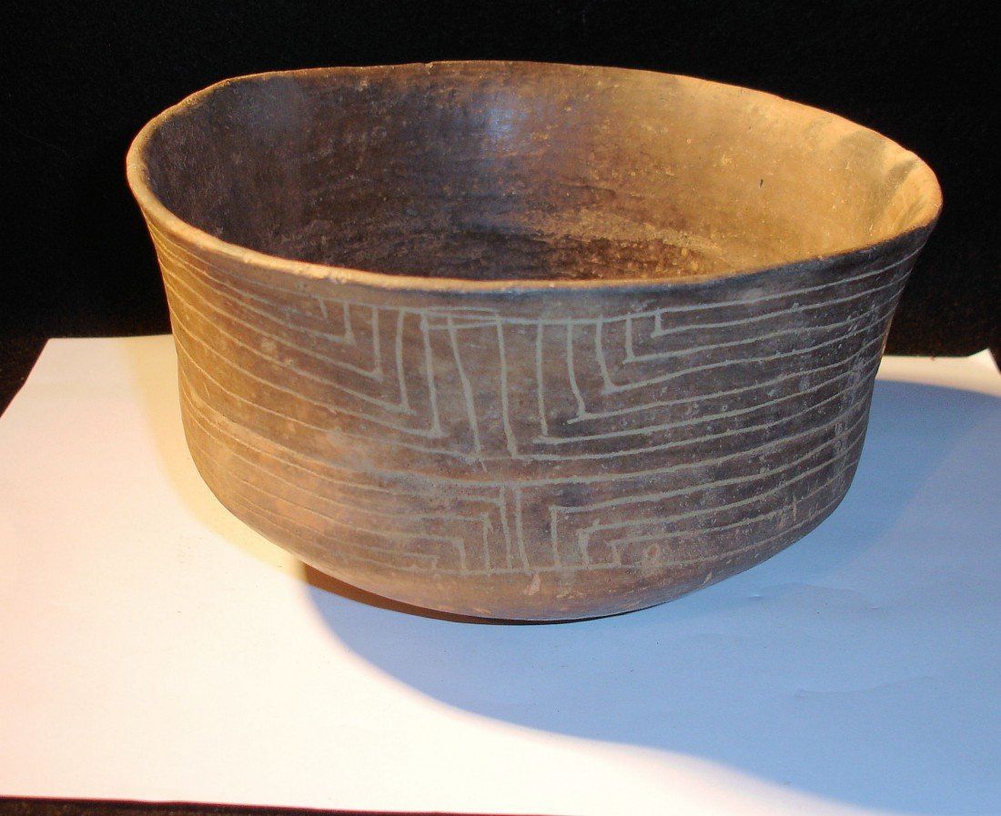 19: Incised Caddo Bowl Clark Co.