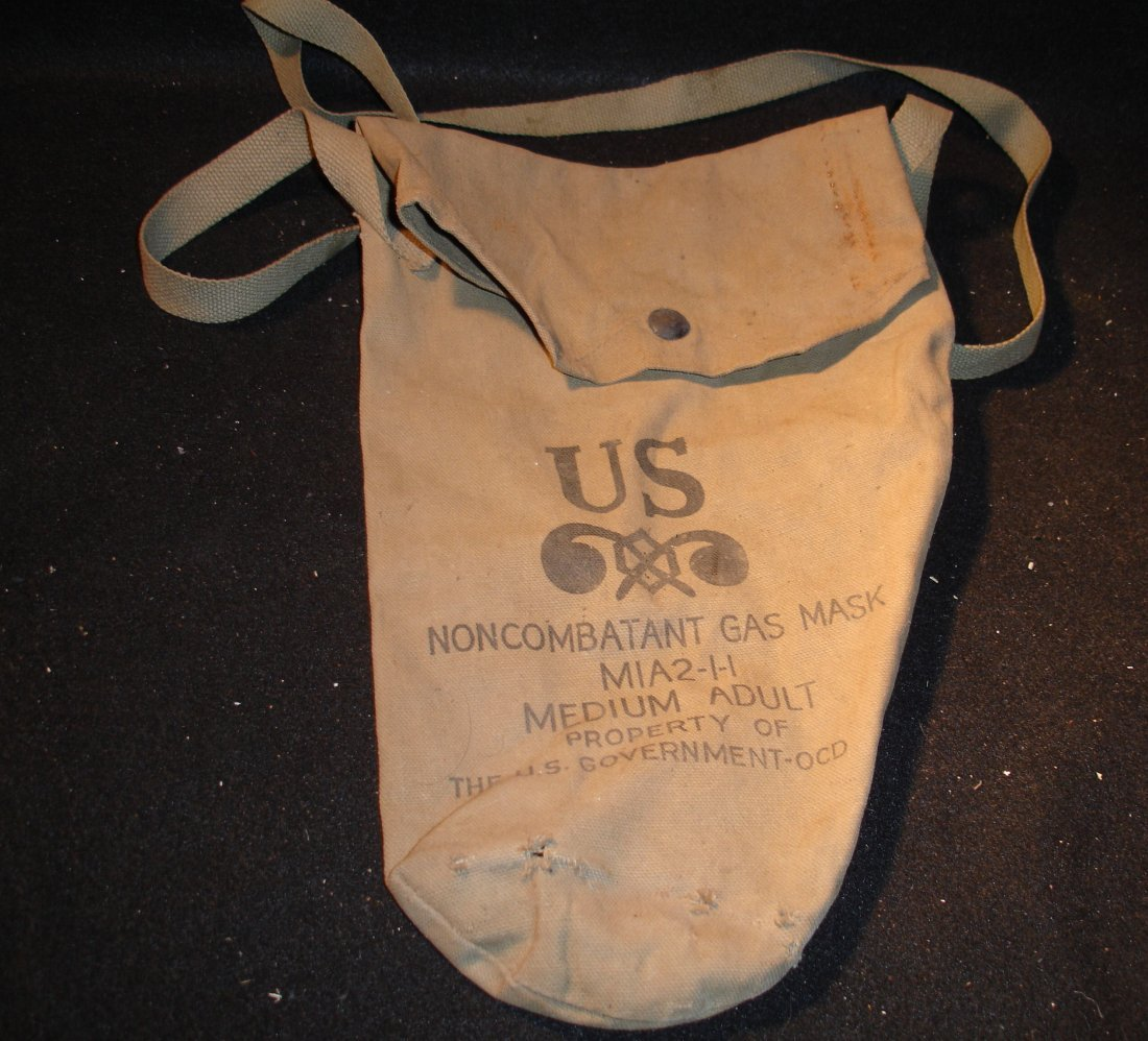 15: Non-Combatant Gas Mask Bag