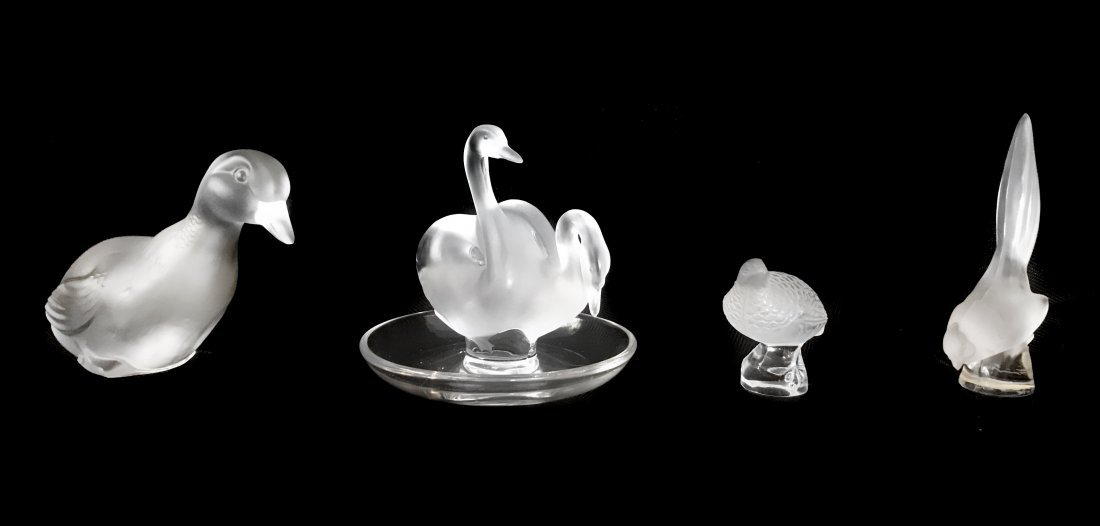 LALIQUE FRANCE AND BACCARAT, 20TH CENTURY FOUR PIECES