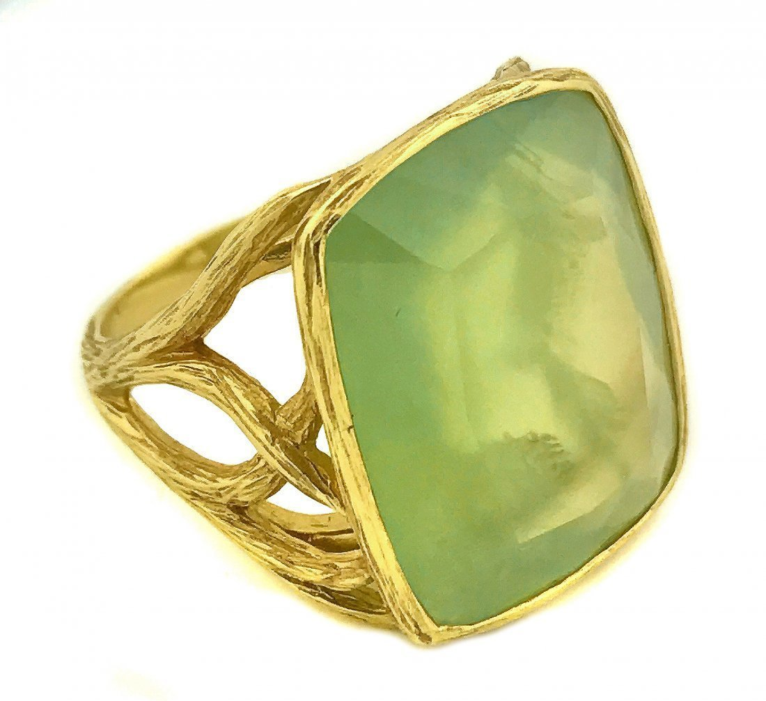 ELIZABETH SHOWERS, 18 KARAT GOLD AND PREHNITE RING