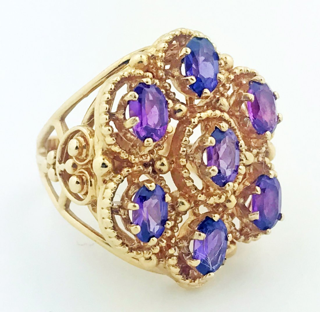 14 KARAT GOLD AND AMETHYST RING