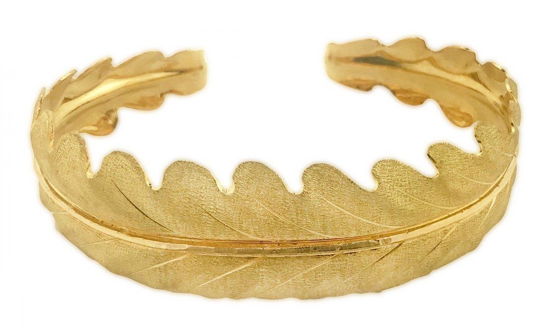18 KARAT GOLD BANGLE BRACELET, BUCCELLATI