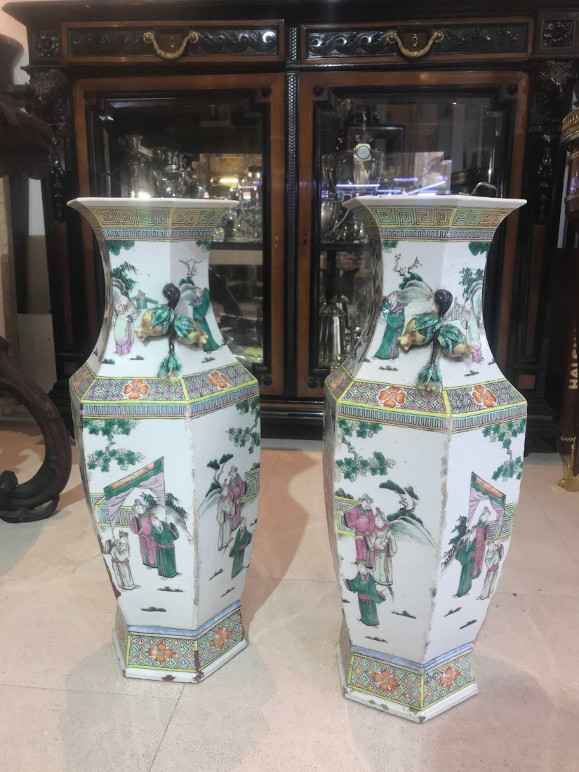 Pair of Chinese Famille Verte Porcelain Vases - 7