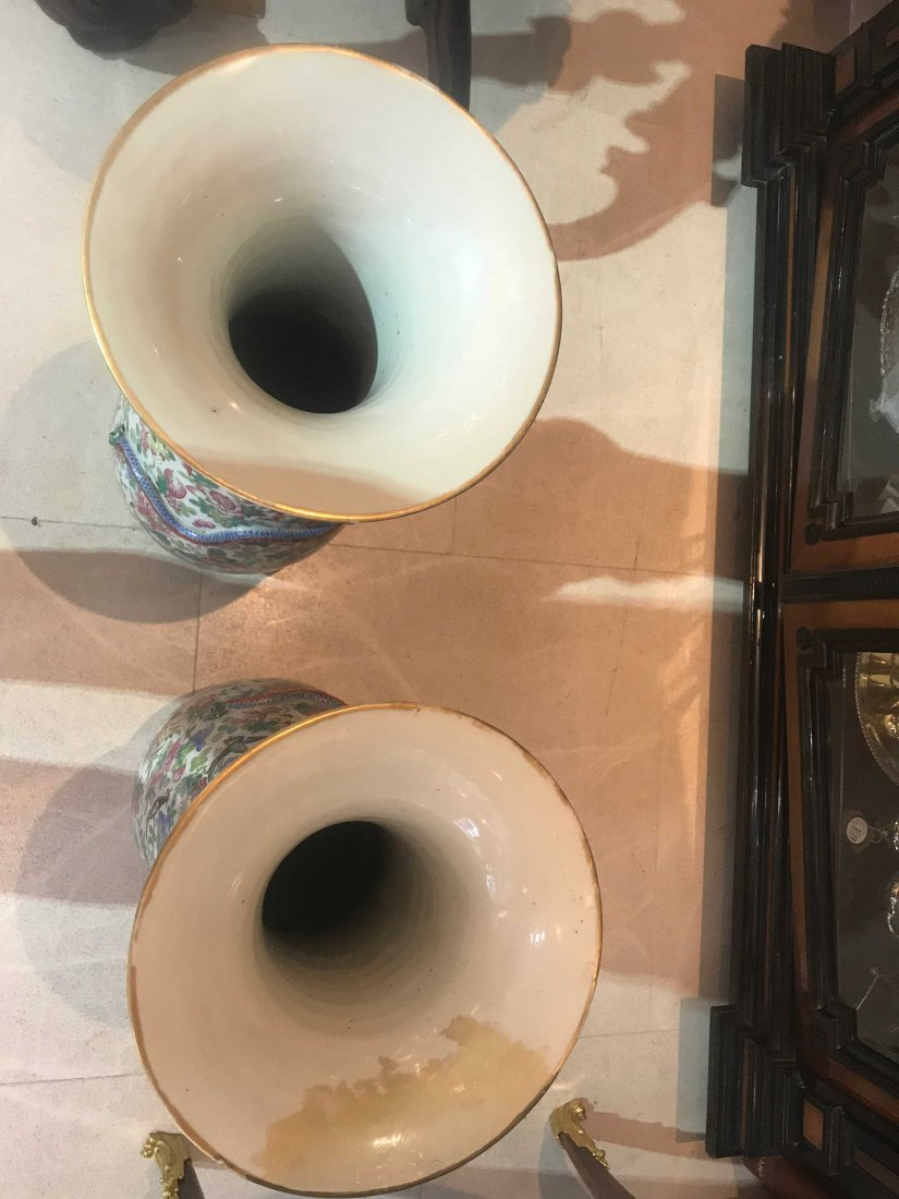 PAIR OF CHINESE PORCELAIN VASES, DAMAGED - 6